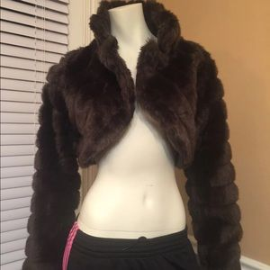 Jackets & Blazers - Faux fur brown xlarge cropped